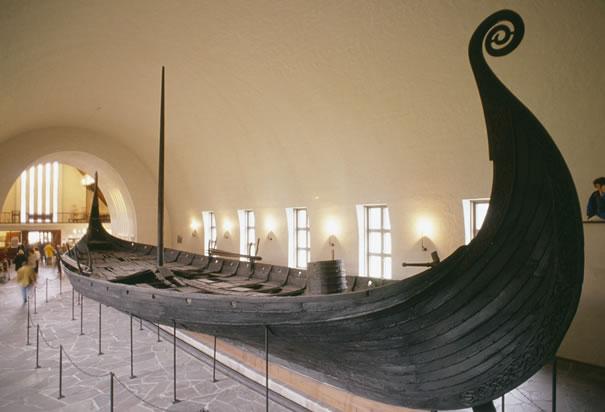 oseberg-viking-longship